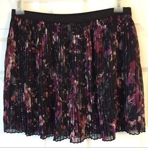 Sz L Accordion Pleated Skirt Blk Purple